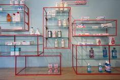 De los Austrias Pharmacy, Madrid - apotek - visual merchandising