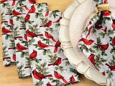 Reusable Napkins set of 4 Christmas Cloth Napkins Red Green Napkins with Red White Green Edging