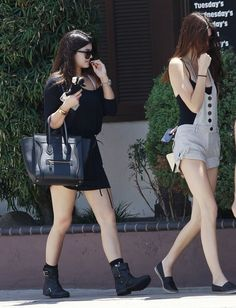 Kylie & Kendall Jenner