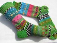 Knitting Socks, Knit Socks, Winter Socks, Projects To Try, Etsy, Sewing, Crochet, Slippers, Inspiration