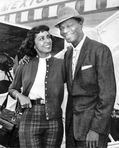 "in Nat King Cole was at Capitol studios in Hollywood recording the future Oscar-winning No. 1 hit ""Mona Lisa"" from the Alan Ladd film Captain Carey U."" Photo of Cole and his wife Maria from the L. My Black Is Beautiful, Black Love, Maria Cole, Great American Songbook, Natalie Cole, Lena Horne, Nat King, Vintage Black Glamour, Famous Black"