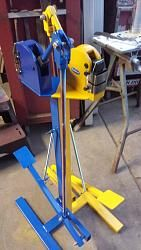 Foot operated stand for shrinker/stretcher-20150802_195007.jpg