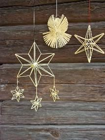 straw star Christmas Tree Crafts, Christmas Makes, Christmas Projects, Handmade Christmas, Christmas Crafts, Christmas Decorations, Christmas Ornaments, Paper Weaving, Weaving Art