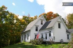 Bougie Maine Option #2. Farmhouse with dock and ultra scenic hiking trail. For 11.