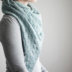 Ravelry: Freia Frost pattern by Trin-Annelie Lace Knitting, Knit Crochet, Knit Lace, Shawl Patterns, Knitting Patterns, Knit Wrap Pattern, Lace Border, Work Tops, Stockinette