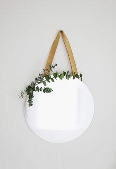DIY Eucalyptus Hanging Mirror @themerrythought