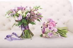 Nine of our favorite designers show how to create arrangements that deliver a bit of springtime regardless of the forecast. Matthew Robbins wedding bouquets how-to