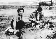 Bonnie and Clyde: The Love before The Death – 16 Rare Pictures of Criminal Couple in the early 1930s