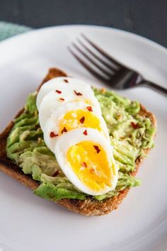 Are you an avocado toast lover? Add a hard boiled egg for a protein-packed healthy breakfast!