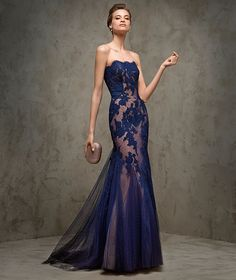 FLUVIA - Robe de soirée sensuelle Pronovias