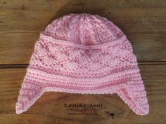 A free baby hat pattern that I originally designed for charity.