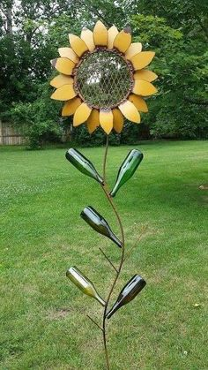 70 Best Metal Garden Art Design Ideas For Summer - front yard - Art Metal Yard Art, Metal Tree Wall Art, Scrap Metal Art, Metal Artwork, Welded Metal Art, Wood Yard Art, Art Rustique, Metal Sculpture Artists, Steel Sculpture