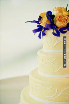 Elegant yellow and indigo wedding cake