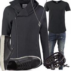Per quegli uomini che non rinuncerebbero mai ad indossare una comoda felpa, ecco un look casual reso più particolare dagli accessori, il bracciale e la collana, e dalla forma stessa della felpa / cardigan.