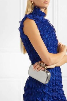 Alexander McQueen - Four Ring Crystal-embellished Silver-tone Clutch #sponsored #ad #paid   Thank you Net-A-Porter for sponsoring today's post. Top Designer Brands, Designer Shoes, Trending Handbags, Net A Porter, Matthew Williamson, Fashion Advice, Evening Bags, Marc Jacobs, Fashion Online