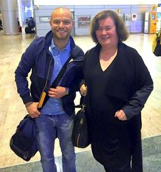Susan and fan as she arrives in Israel , looking great Susan ~``