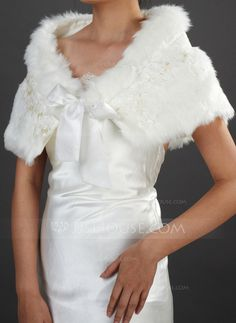 Boleros - $32.99 - Piel Matrimonio Bolero (013037962) http://jjshouse.com/es/Piel-Matrimonio-Bolero-013037962-g37962?pos=your_recent_history_2