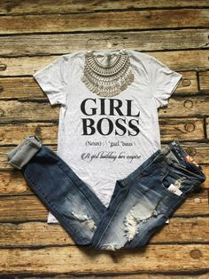 GIRL BOSS Tee – Bloom and Snow Boutique