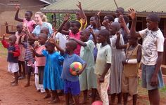 Future nurses from #Baylor University delivered much-needed health care to children in Ethiopia and Uganda -- and found that the 'Sic 'em, Bears' sign works on any continent. #SicEm #BaylorEverywhere