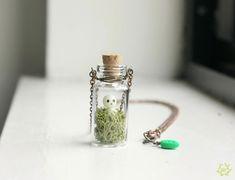 Arbre de Kodama esprit Terrarium Collier - pendentif en verre mini bouteille, brillent dans le collier de dark princess mononoke, studio ghibli bijoux