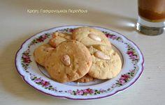 Αμυγδαλωτά μπισκότα από το Βενεράτο Ηρακλείου - cretangastronomy.gr Main Menu, Greek Recipes, Almond, Deserts, Sweets, Cookies, Baking, Breakfast, Food