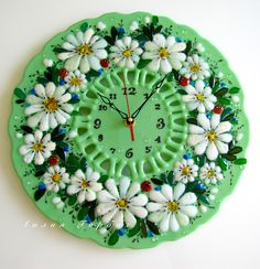 Fused Glass, Stained Glass, Wall Watch, Cool Clocks, Glass Flowers, Furniture Decor, Picture Frames, Glass Art, Projects To Try