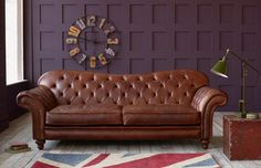 Choosing A Leather Sofa. Transform your home decor with a new sofa. Considering the variety of variations to pick from deciding on the best sofa can be hard. It is usually a good idea to have a look at several choices before selecting a sofa. Leather Sofas Uk, Vintage Leather Sofa, Best Leather Sofa, Leather Furniture, Sofa Furniture, Furniture Cleaning, Vintage Sofa, Leather Chairs, Luxury Furniture