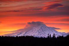 Mount Rainier at Dawn (a little closer) | by Garret Veley