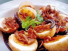SWEET AND SOUR FRIED EGGS (thai food  kai-dao look koey )