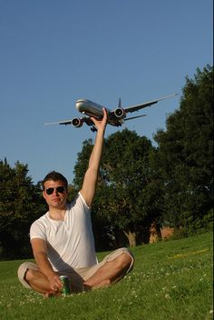 07 Forced Perspective Aeroplane by Lee MacKee Top 30 Unbelievable Perfectly Timed Photos