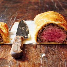 Beef Wellington from Jamie Oliver's Comfort Food cookbook. A delicious dinner party recipe, and great for entertaining friends and family at Christmas.