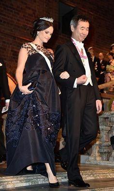A pregnant Princess Sofia looked elegant in an embellished Oscar de la Renta gown