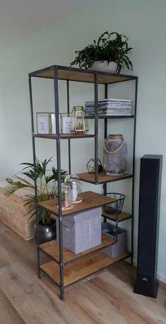 Home Living Room, Interior Design Living Room, Living Room Decor, Living Room Inspiration, Home Decor Inspiration, Metal Furniture, Furniture Design, Industrial Furniture, Furniture Ideas