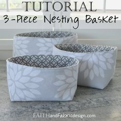 Sewing Fabric Storage This three piece fabric nesting baskets pattern / tutorial is an easy sewing project for organizing your home! - This three piece fabric nesting baskets pattern / tutorial is an easy sewing project for organizing your home! Easy Sewing Projects, Sewing Projects For Beginners, Sewing Hacks, Sewing Crafts, Sewing Tips, Sewing Tutorials, Bag Tutorials, Diy Crafts, Sewing Ideas