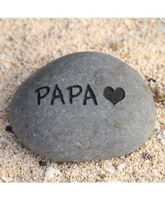 love you, papa Miss You Dad Quotes, Miss You Papa, Quotes For Dp, Miss My Daddy, One Word Quotes, Father Quotes In Hindi, Father Daughter Quotes, Tu Me Manques Papa, Grief Dad