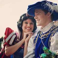 Snow and her Prince (by (Capucine) Disney World Characters, Walt Disney World, Disney Parks, Old Disney, Disney Love, Snow White Characters, Snow White Prince, Disney Princesses And Princes, Disney Icons