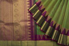 Green and purple sari Indian Bridal Sarees, Indian Silk Sarees, Wedding Silk Saree, Indian Bridal Fashion, Pure Silk Sarees, Sari Silk, Silk Saree Kanchipuram, Ikkat Silk Sarees, Wedding Saree Collection