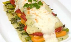 Para este fin de semana: Receta de Lasaña de purés #DesafioCRECE Meat, Chicken, Food, Salads, Pumpkins, Favorite Recipes, Essen, Meals, Eten