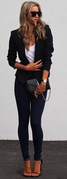 #fall #blackandwhite #outfit #ideas | Blazer + Tee + Denim
