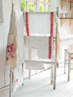 Caring for Antique Linens Learn when and how to hand-wash antique linens and clothing. With the right care, vintage fabrics retain their beauty and usefulness.