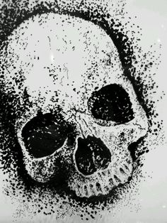 Quite the black flag skull, gonna try draw this (: