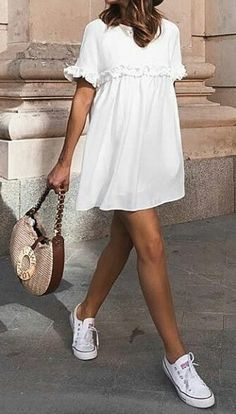Summer Fashion Tips .Summer Fashion Tips Cute Summer Outfits, Spring Outfits, Trendy Outfits, Mode Outfits, Fashion Outfits, Jeans Fashion, Fashion Tips, Moda Fashion, Womens Fashion