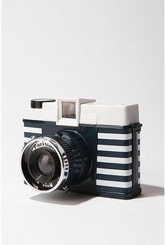 "Parisian ""Diana"" camera"