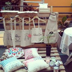 Todo pronto para la feria de Camino Verde. Agosto 2015. Montevideo.  eco bolsas, almohadones, delantales, estuches y mucho más!!