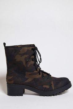 https://www.forever21.com/us/shop/Catalog/Product/plus/Shoes/2000210510