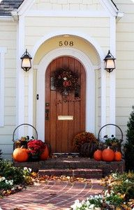 Beautifully decorated country style #doorway