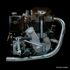 Motorcycle - This is how you do it. Old Skool Motorcycle Camping Motor Engine, Motorcycle Engine, Cafe Racer Motorcycle, Retro Motorcycle, Motorcycle Camping, Women Motorcycle, Motorcycle Helmets, Antique Motorcycles, American Motorcycles