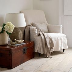 Scandi chic: how to give your floorboards a fresh look White Wash Wood Floors, Pine Floors, Scandi Chic, Wooden Flooring, Flooring Ideas, Laminate Flooring, Kitchen Flooring, Hardwood Floors, Whitewash Wood