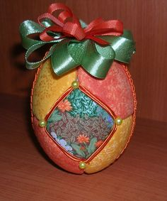 Žlto-oranžové vajíčko
