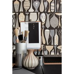 Pottery - Scandinavian design wallpaper by Stig Lindberg from the Scandinavian Designers II collection - Boråstapeter. Mascara, Eyeliner, Eyebrows, Unusual Wallpaper, Beige Wallpaper, Pattern Wallpaper, Retro Wallpaper, Modern Wallpaper, Scandinavian Wallpaper